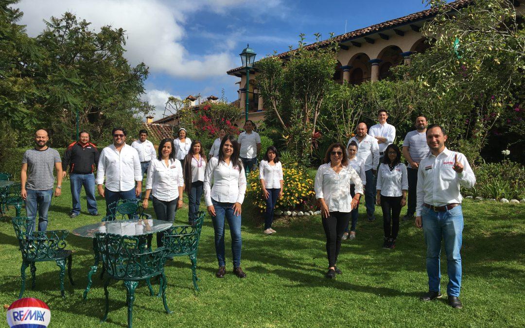 Inmobiliaria Integral de Chiapas celebró su primer aniversario.