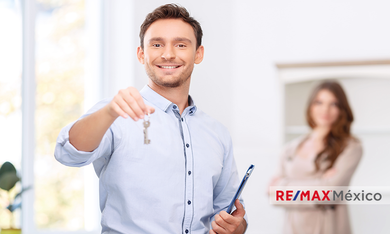 Si-estuvieras-buscando-a-un-Asesor-Inmobiliario-te-contratarías_ventas_comprar_rentar_vender_casa_departamento_franquicias_inmobiliarias_REMAX_mexico_propiedades_comerciales_terrenos_bodegas