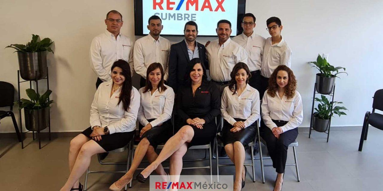 Nueva oficina Inmobiliaria REMAX en Monterrey, Nuevo León