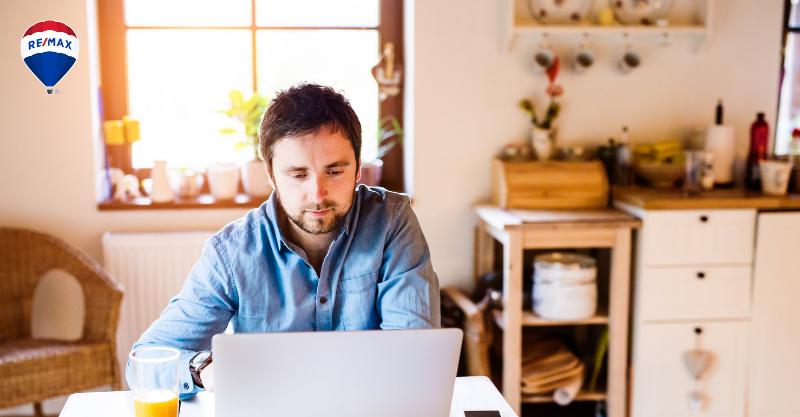 Transforma el espacio de tu casa en un estudio de trabajo